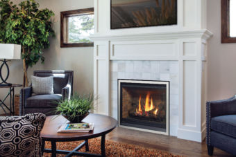 B36XTE gas fireplace installed in comfortable, light living room