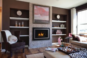 Horizon Radiant gas fireplace insert in comfortable living space