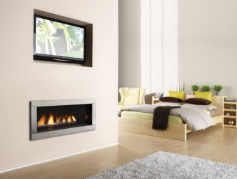 Regency Horizon HZ40E Indoor contemporary gas fireplace in a comfortable bedroom
