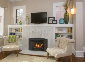 Liberty LRi4E Gas fireplace insert in a comfortable living space