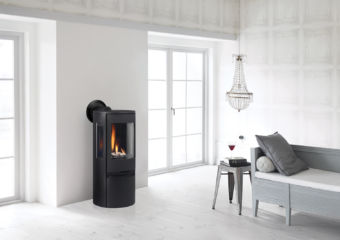 Contura RC500E black Modern gas stove in contemporary living room