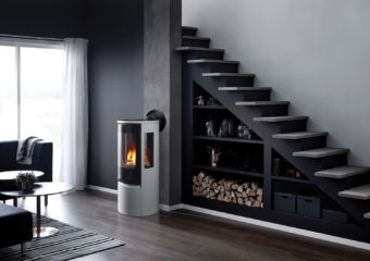 Contura RC500E silverModern gas stove in black contemporary living space