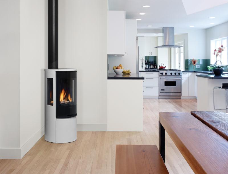 Contura RC500E silverModern gas stove in kitchen setting